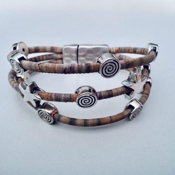 Grau-Meliertes Korkarmband mit Spiral- und Seestern-Motiven aus Silber